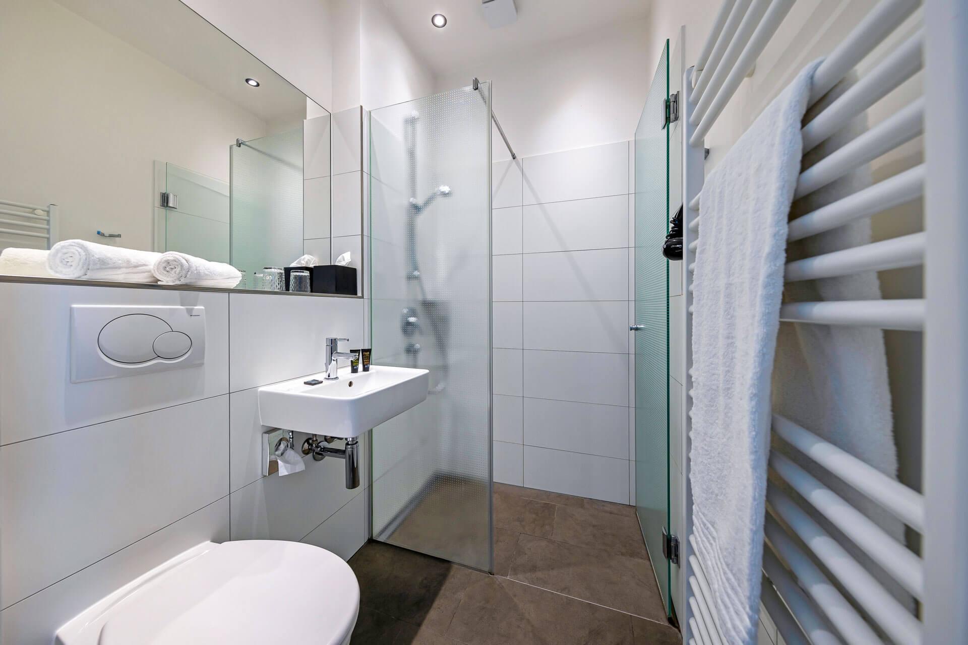 Hotel-Meerzeit-Badezimmer